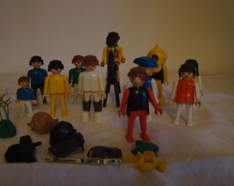 Batch of figures play mobil