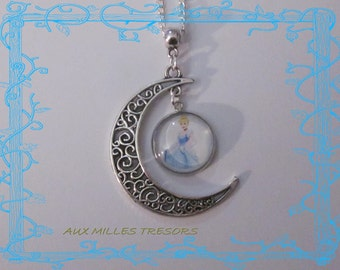 Cinderella necklace on the moon
