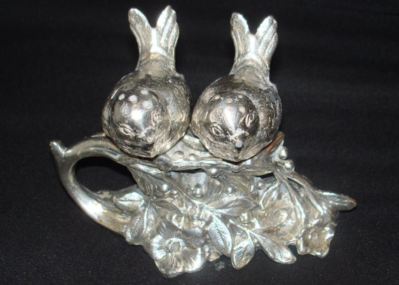 FREE SHIPPING-Vintage-Webster-Silver Plate-Figural Birds On A Floral Stand-Salt And Pepper Shakers