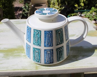 Retro Ridgway Ondine Teapot designed by Gerald Benney