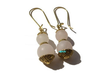 Earrings with quartz beads