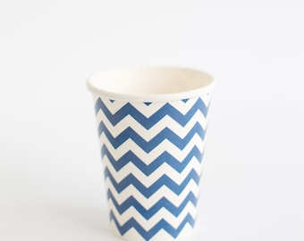 Pack of 10 Navy Chevron paper cups 9oz