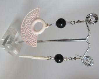 Earrings black and pale pink (low-cost collection cod.013)