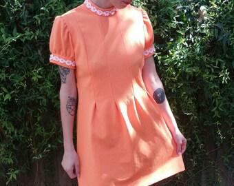 "Vintage Handmade One-of-a-kind 1960s Orange Daisy Chain Pleated Mod Dress size S/M (bust: 36"")"