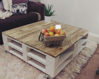 LEMMIK XL Pallet Coffee Table In Farmhouse Style Reclaimed U0026 Distressed Wood