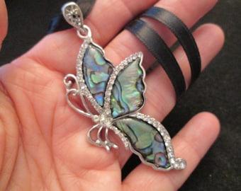 Breathtaking genuine abalone  fluttering BUTTERFLY pendant>> new