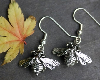 Silver Honey Bee Earrings..Alex Monroe style, fly, insect, wings, wing, exotic, ethnic, boho, palomita jewellery, palomita jewelry,hippie,12