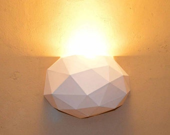 Ampolo - DIY - asymmetric, geometric lampshade for ceiling or wall - model download papercraft