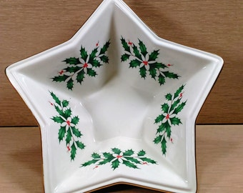 Lenox Star Bowl Bone China Ivory in Color with  Holly and Berries Design (C)