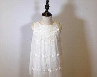 Rustic Flower Girl Dress, Boho Flower Girl dress, Beach Flower Girl Dress, Off white Flower girl dress, Embroidery Lace Flower Girl Dress