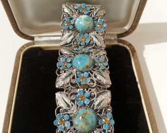 Arts & Crafts Beautifully Decorated Bracelet
