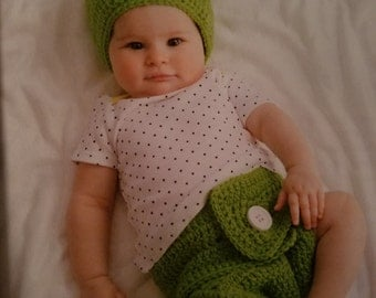 Frog Hat and Diaper Cover Set