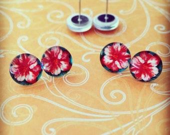 Hibiscus Glass Dome Earrings - Flower Earrings - Tropical Earrings