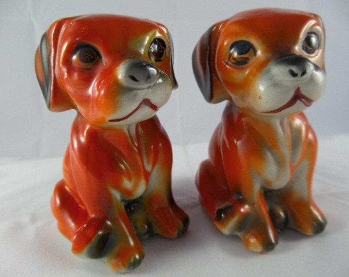 """FREE SHIPPING Pair of Porcelain Puppy Dogs, Mid Century 1950's Chinese Export Pieces, Hand Painted, Labrador Pups, 4"""" x 2.5"""" x 3.25"""""""