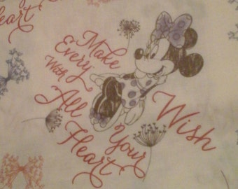 Minnie Mouse Fabric Disney 1 Yard Cotton
