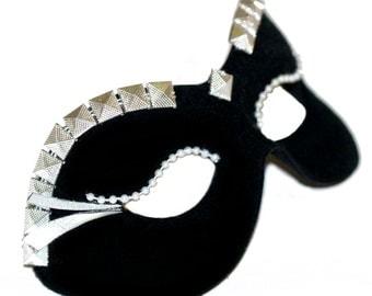 Calissa Black Masquerade Mask - U948