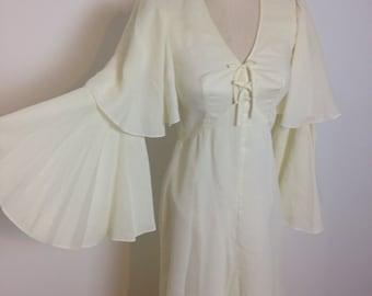 Vintage 1970s boho wedding dress angel flared sleeves