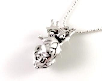 Anatomical Heart Necklace, Anatomy jewelry,Life like heart charm, heart organ charm, Biology jewelry, doctor jewelry, cardiologist gift,