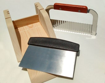 Wood Soap Cutting Box with Blade and Wavy Cutter