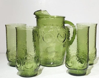 Green Glass Pitcher and Drinking Glass Set, Vintage Set of 4 Four Green Iced Tea Glasses and Matching Pitcher, Green Pitcher and Glasses Set