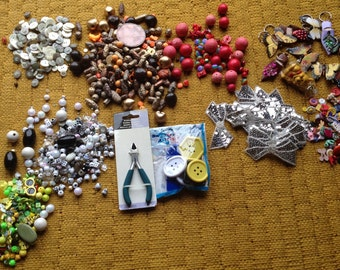 Craft supplies jewellery making bargain bundle beads buttons charms brads retro