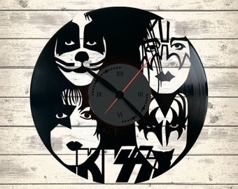Vinyl Clock/Kiss/ An interesting element of the decor/ For music and art lovers