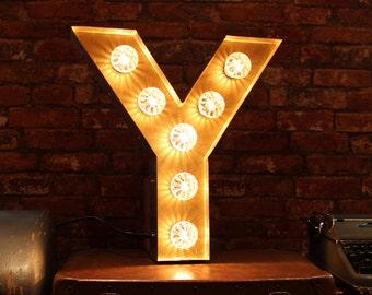 Letter Light Y
