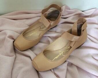 Dreamy ballerina flats with satin straps