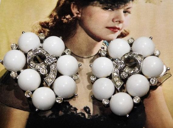 KRAMER Earrings / Rhinestone Earrings / Milk Glass Earrings / Clip On / Designer / Mid Century / Wedding / Bride / Fashion