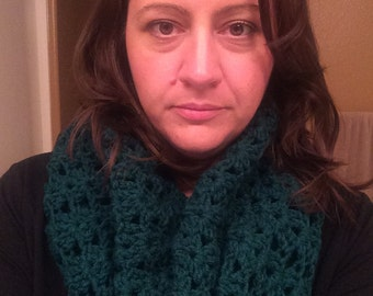 Crochet Shell Stitch Cowl