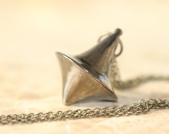 Inception spinning top totem necklace N421