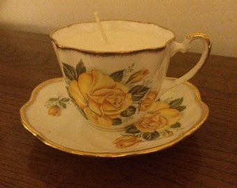 Salisbury Scented Candle in teacup