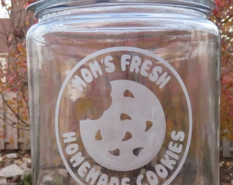 Custom Monogrammed Glass-Etched Cookie Jar with Cookie Image