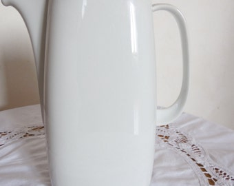 vintage coffee pot design and porcelain. Schirnding Bavaria border silver, deco scandi vintage design, modern, shabby, were cleaned.