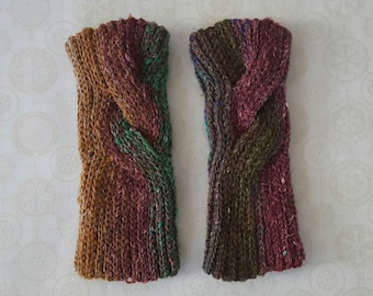 Clever Cabled Wrist Warmers