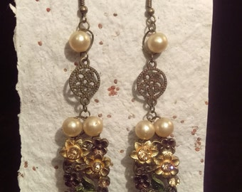 Upcycled Pearl and Flower Earrings 103