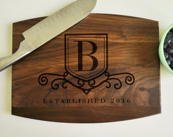 Personalized Engraved Cutting Board Walnut, Custom Cutting Board, Personalized Wedding Gift, Housewarming Gift, Anniversary Gift, Monogram