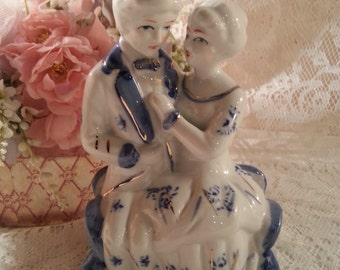 Vintage Porcelain Blue & White Courting Couple Figurine