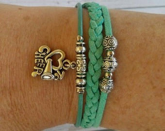 Personalized Sports Bracelet// Cheer Bracelet// Team Colors// Cheer Mom// Cheerleading Coach// Cheerleader Gift// Choose Colors & Charm