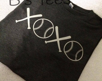 XOXO Baseball Shirt,  Baseball shirt, Love Baseball, I love Baseball, Baseball MOM, XoXo Softball shirt, Softball MOM, I Love Softball