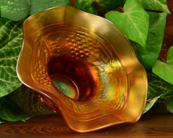 "Northwood Glass Bowl, 1900""s Grape & Cable Marigold Ruffle Squat Hat"