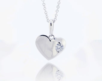 Mother's day Gift! 925 Sterling Silver Simple Heart Pendant With Chain 0.11 CT.TW (S100)