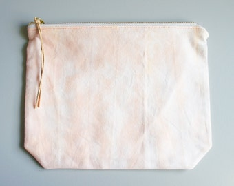 Large Pouch - Eclipsed Peach