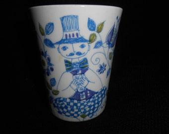Vintage Turi Design LOTTE 6oz Juice Tumbler ~ Woman and Man ~ Hand Painted Silkscreen Scandinavian Folk Art Figgjo Flint Norway
