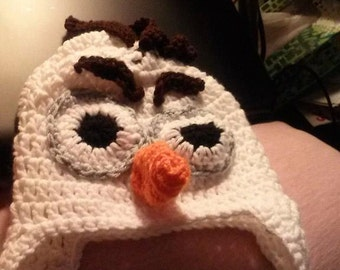 Crochet hat of Olaf the snowman