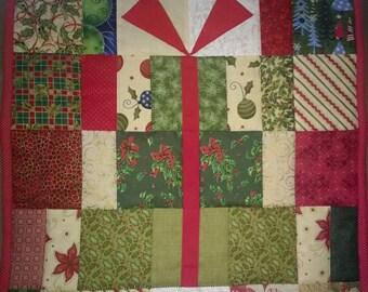 Christmas Gift Wall Hanging