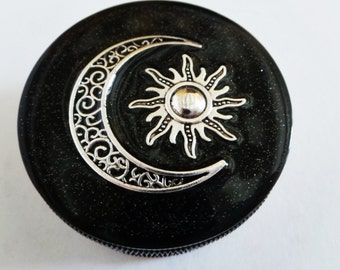 Sun & Moon Grinder - Three part Magnetic Herb Weed Tobacco Grinder