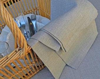 Linen napkins.