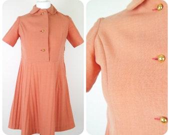1960s peach mod/scooter dress peter pan collar military buttons size 8-10