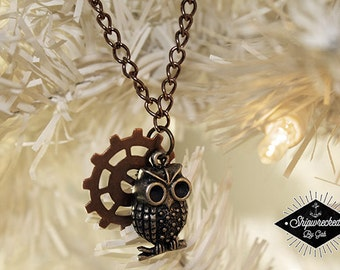 Owl & Gear / Steampunk, long necklace!